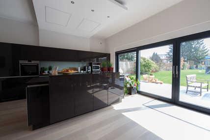 Lediglich die Design-Gitter weisen auf die komfortable Wohnraumlüftung hin.